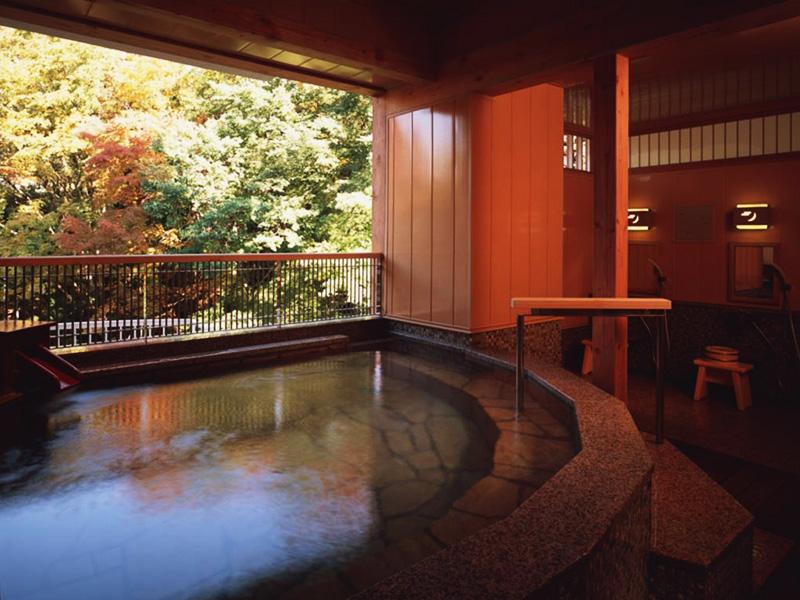 【秩父高篠鉱泉郷】横瀬川に沿って点在する3つの温泉