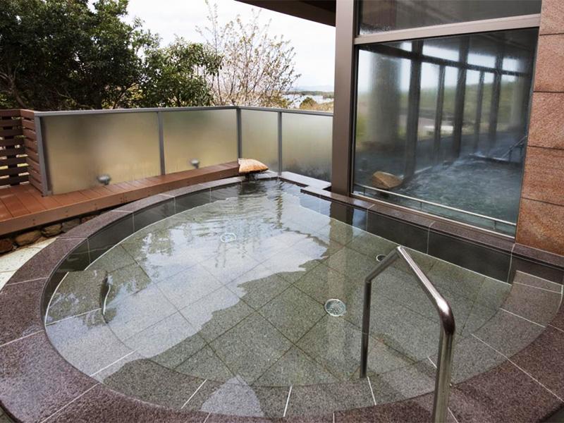 【志摩ともやま温泉】日本有数のリアス式海岸、英虞湾を望む