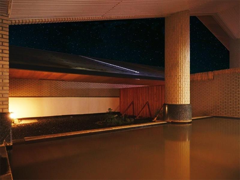 【屈斜路温泉】ダイナミックな自然の醍醐味を味わえる一軒宿の温泉