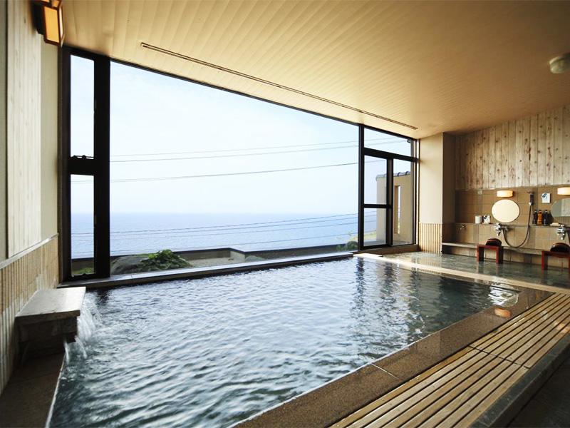 【ねぶた温泉】伝統ある地で楽しむ湯浴みと美しい風景