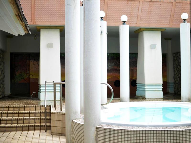 【渤海温泉】開放感あふれるリゾートホテルでの贅沢なひととき