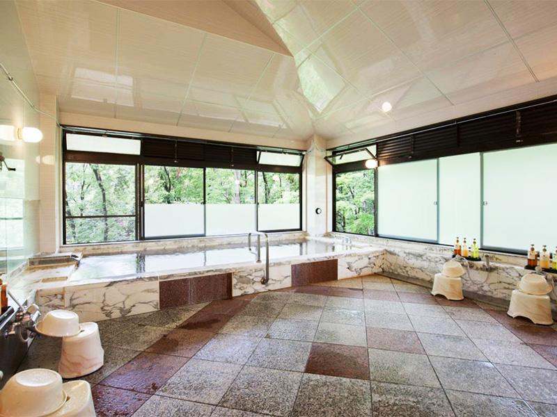 【青梅石神温泉】多摩川のせせらぎの中で癒しの湯浴み