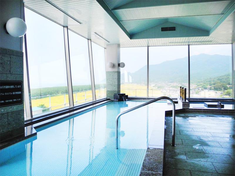 【寺泊岬温泉】茜に染まる日本海と太古の湯の恵みを