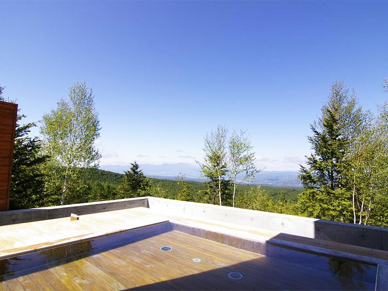 【北八ヶ岳松原湖温泉】高原リゾートに湧く炭酸水素塩泉