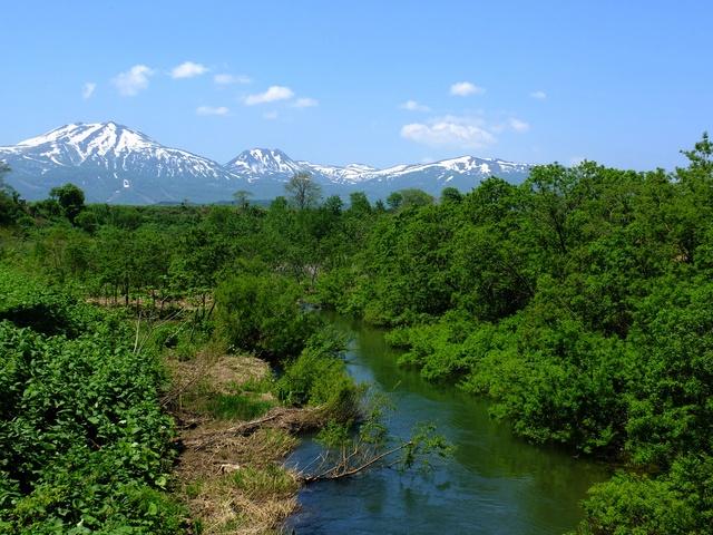 【ニセコワイス高原温泉】ニセコの雄大な山々に囲まれた高原にある温泉