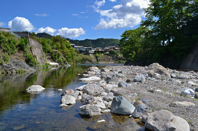 【大島鉱泉温泉】大正時代から続く、唯一の県営温泉公衆浴場