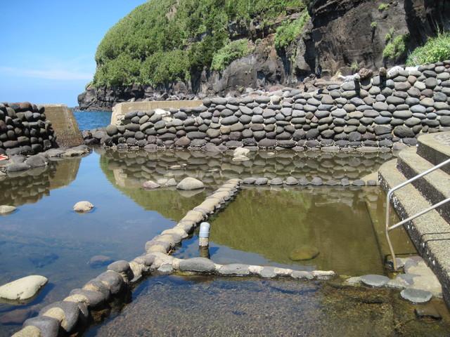 【坂本温泉】海底から湧き出す「潮まかせ」の湯