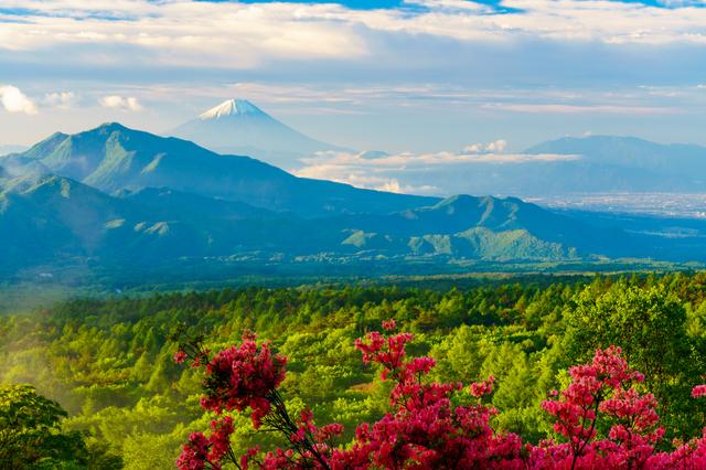 【泉温泉健康センター】八ヶ岳を背景に湧くバリアフリーの地域密着温泉