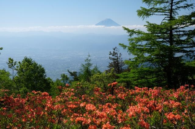【韮崎旭温泉】日本最大級の泡付き天然温泉を、豪快なかけ流しで