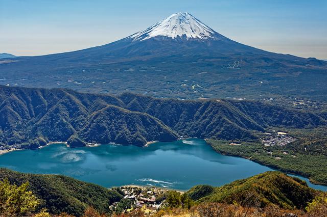 【富士西湖温泉】海を再現する富士山と西湖のほとりの温泉地