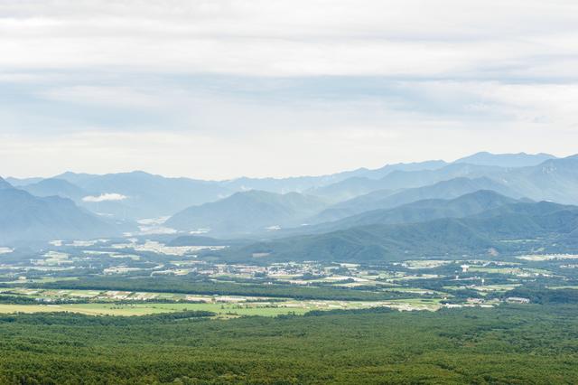 【須玉の湯】富士山を臨む火山岩層から湧く温泉地