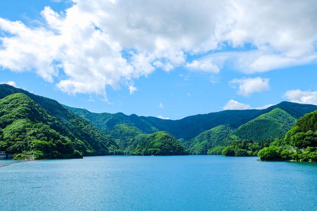 【多摩源流 小菅の湯】多摩川源流の中のイベント豊富な「美人の湯」