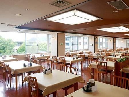 レストラン「甲斐路」