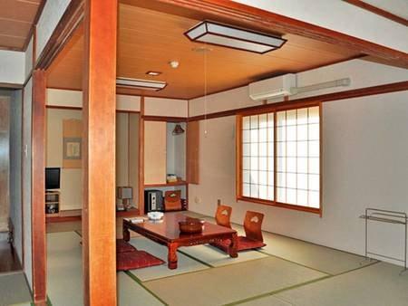 【本館和室・12畳/例】広々として落ち着いた雰囲気のお部屋です。