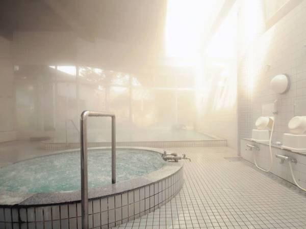 【大浴場】ジャグジーも完備。心身温まる癒しのひと時を。