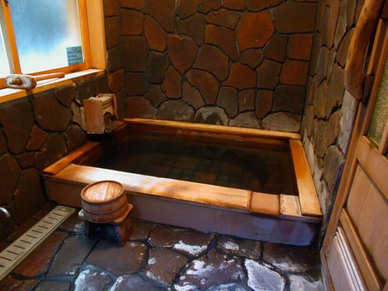 子安の湯/広いスペースが魅力の貸切風呂
