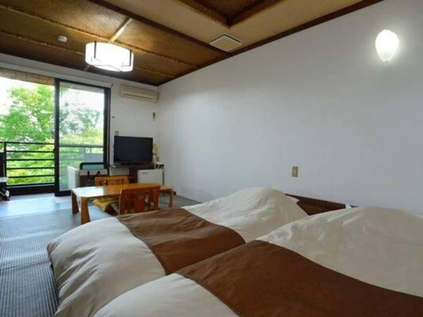 相模湾を望む檜温泉露天風呂付き客室