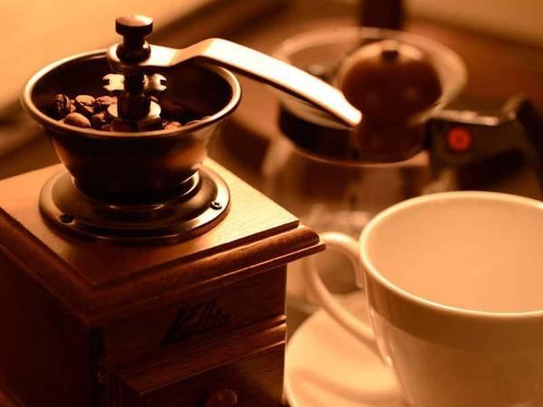 【モダンヴィラスイート/例】コーヒーとともに贅沢な寛ぎを