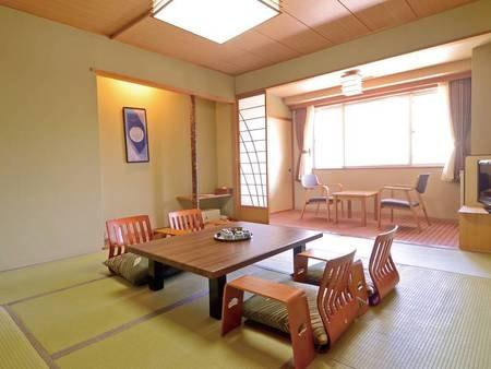 【客室/例】広さ8~10畳和室(バス・洗浄機能トイレ付)にご案内