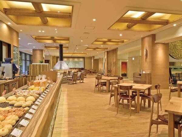 【館内/バーチテラス】「バーチテラス~ベーカリー&カフェ~」は小麦とコーヒーの香りで心から安らげる空間