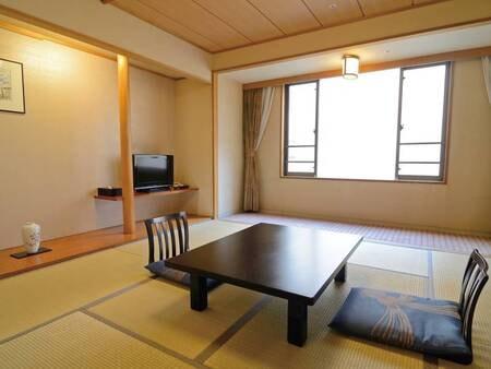 【8畳和室/例】2,3名様利用に最適な落ち着きの空間 ※内部屋の為、景観はホテルの内壁