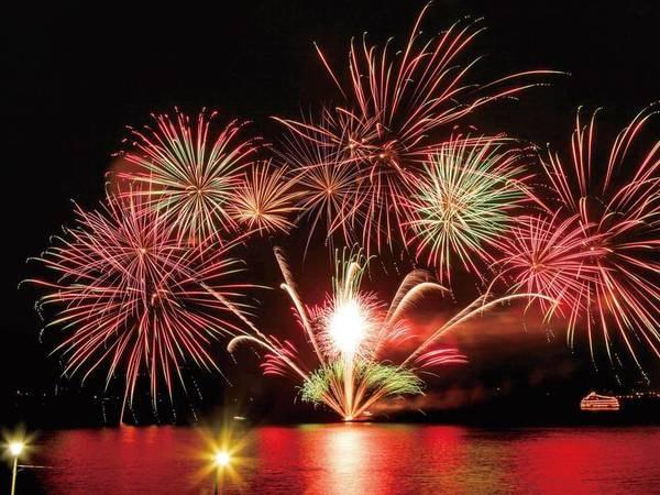 【洞爺湖ロングラン花火】2020/4/28~10/31まで毎夜20:45~20分間開催!(※荒天中止)