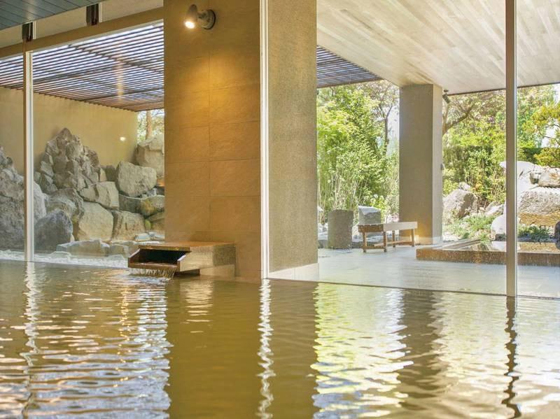 【地下1階・月の湯】広々とした内湯の大浴場