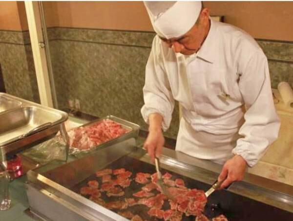 【和洋中ビュッフェ/例】オープンキッチンでの北海道産牛
