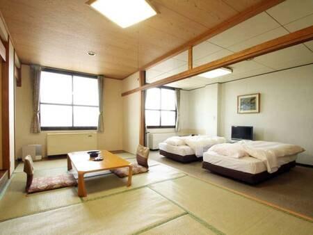 和洋室【和室11畳+ツインベッドルーム】/一例