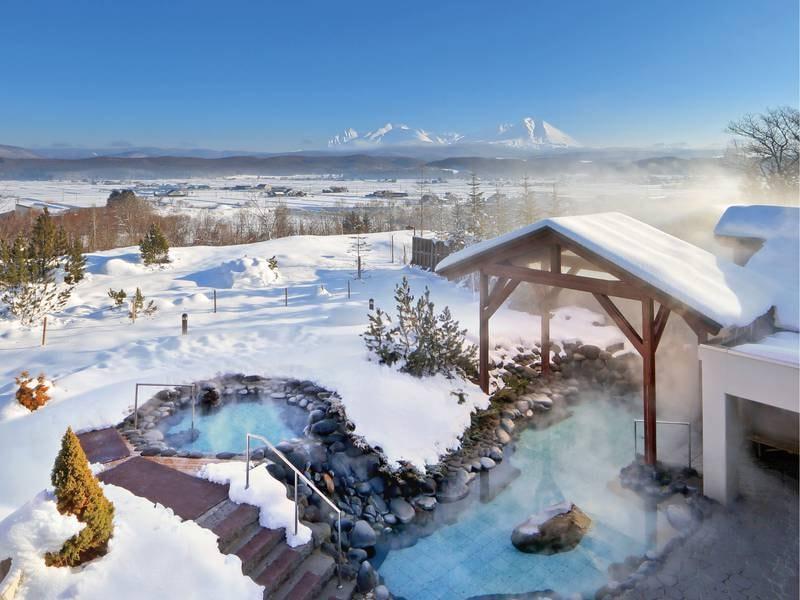 【露天風呂】晴れた日には雄大な大雪山連峰を一望!