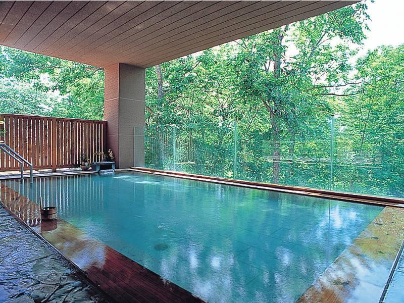 【森の天空露天風呂】男女入替制でお愉しみいただけます