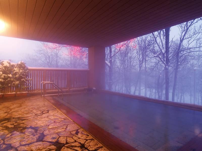 【森の天空露天風呂】夕暮れ時の静けさ
