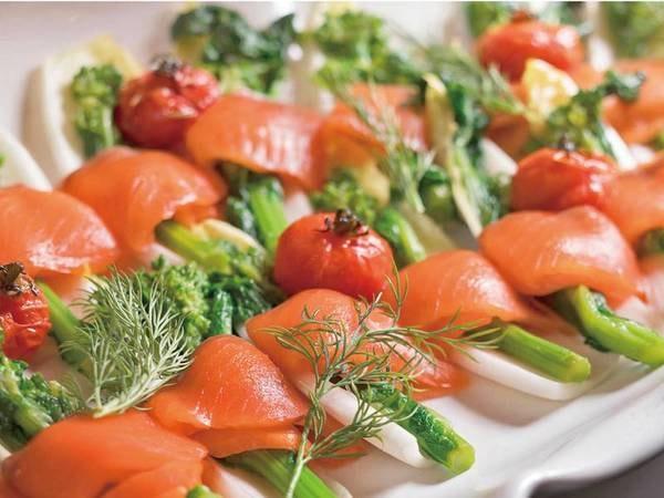 【夕食/例】前菜など豊富な品揃え