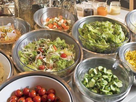 【朝食/例】彩りサラダ