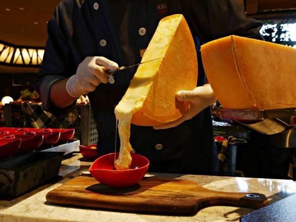 花畑牧場のラクレットチーズ/例