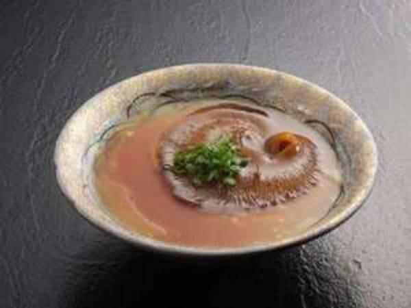 フォアグラ茶碗蒸しフカひれ餡かけ/一例
