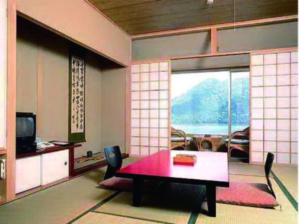 【客室/例】10畳+広縁の新館和室にご案内(洗浄機能トイレ完備)