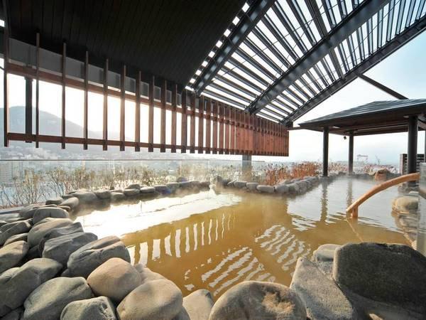 【ラビスタ函館ベイ】いくら盛り放題海鮮丼が人気の朝食ビュッフェ!最上階露天風呂より函館の感動的な夜景を!