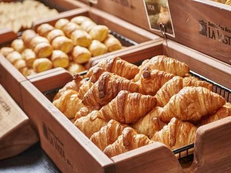 朝食バイキング /例
