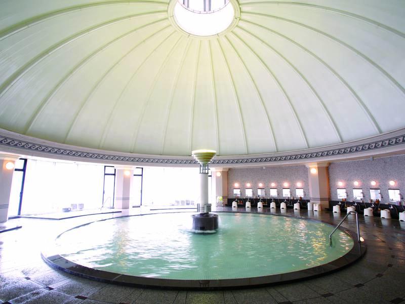 【ドーム型ローマ風大浴場】多彩な湯殿で3つの泉質を楽しめる