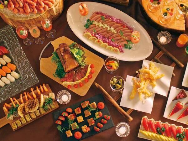 【夕食/例】和洋中約60品の彩り豊かな料理が揃う