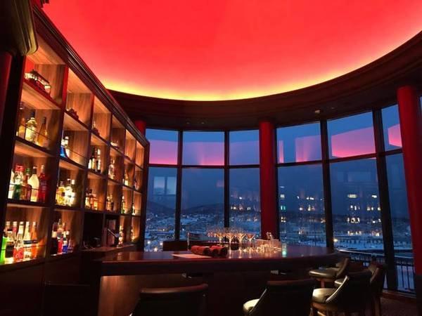 【Bar DuomoRosso】小樽の夜景を眼下にカクテルをどうぞ