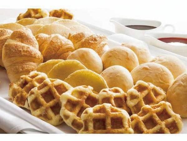 【朝食ビュッフェ/例】洋食派にワッフルやパンもご用意