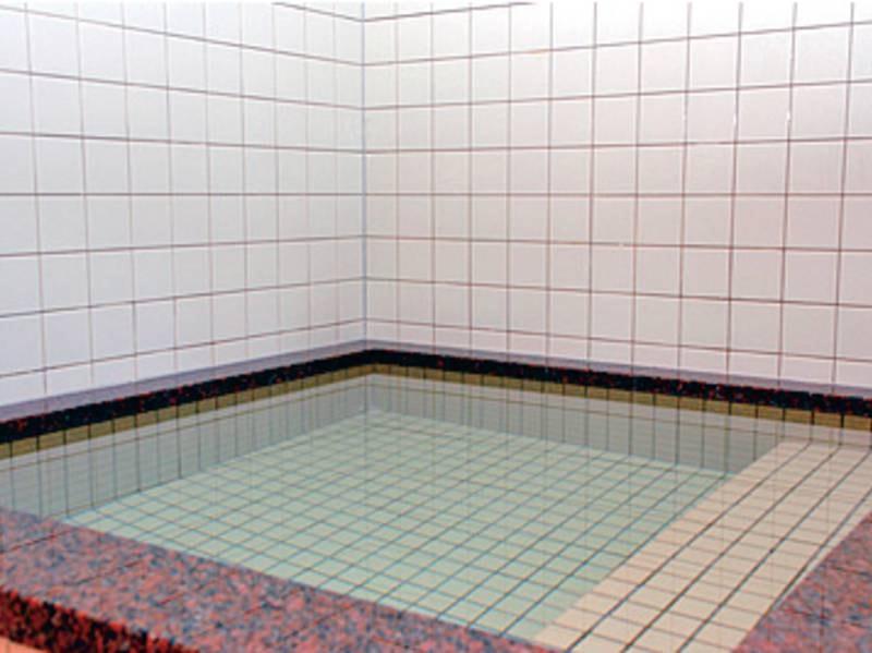 【大浴場】水風呂でさっぱり