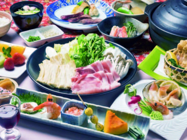 【創作和食膳/例】料理長自慢の全13品を楽しめる