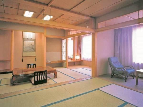 【特別和室(10畳+10畳)/例】最大8名様まで宿泊できる広々としたお部屋(ふすまで仕切る事が出来ます)