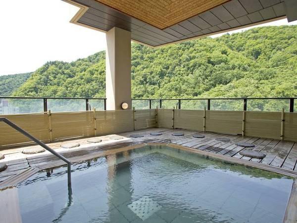【展望浴殿/風月】定山渓の渓谷を一望
