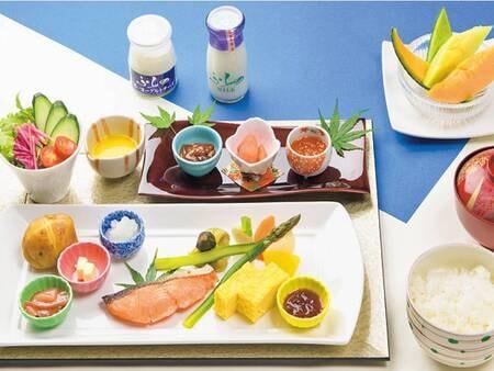 【朝食/例】選べる朝食は和洋より選択可能!※写真は和定食