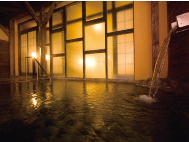 【満天の風呂】ゆったり湯浴みを楽しむ