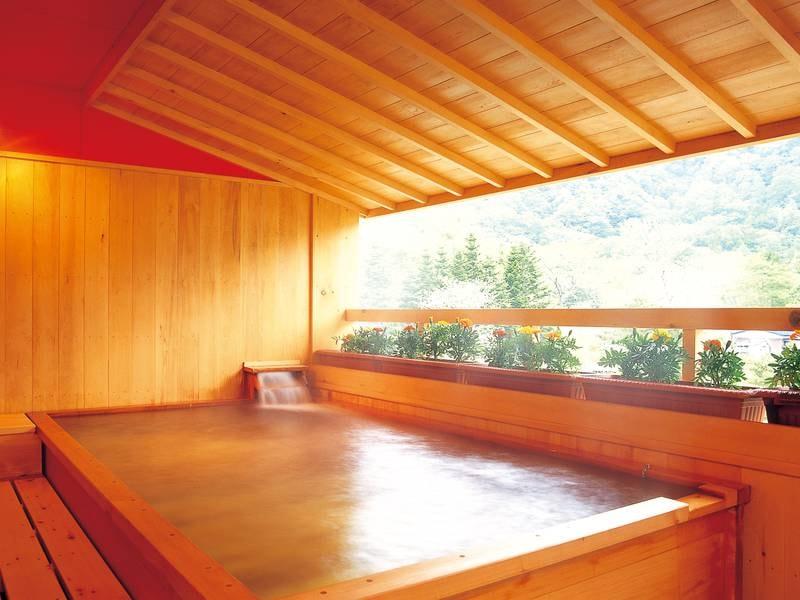 【露天風呂】十和田湖畔で唯一、湖畔を眺められる露天風呂♪